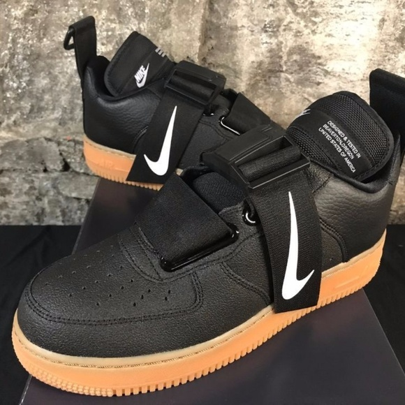 NIKE AIR FORCE 1 AF1 UTILITY AO1531 002 BLACK NEW Boutique